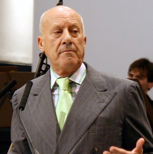 lord norman foster awarded prince of asturias award. Black Bedroom Furniture Sets. Home Design Ideas