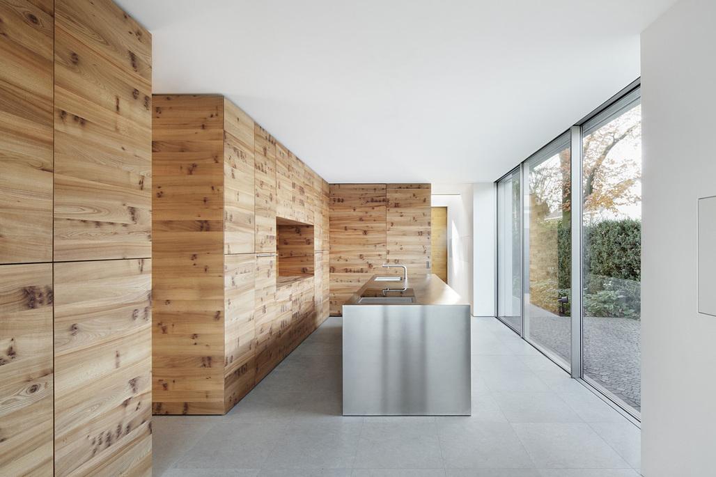 House K in Düsseldorf, Germany by Wannenmacher-Möller Architekten GmbH with XYZ Designers