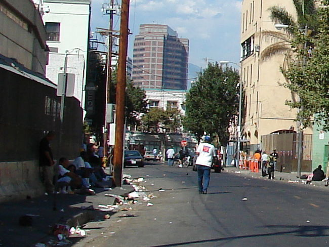 A view of LAs Skid Row district, home to one of the largest stable homeless populations in the United States. (Image: Wikipedia)