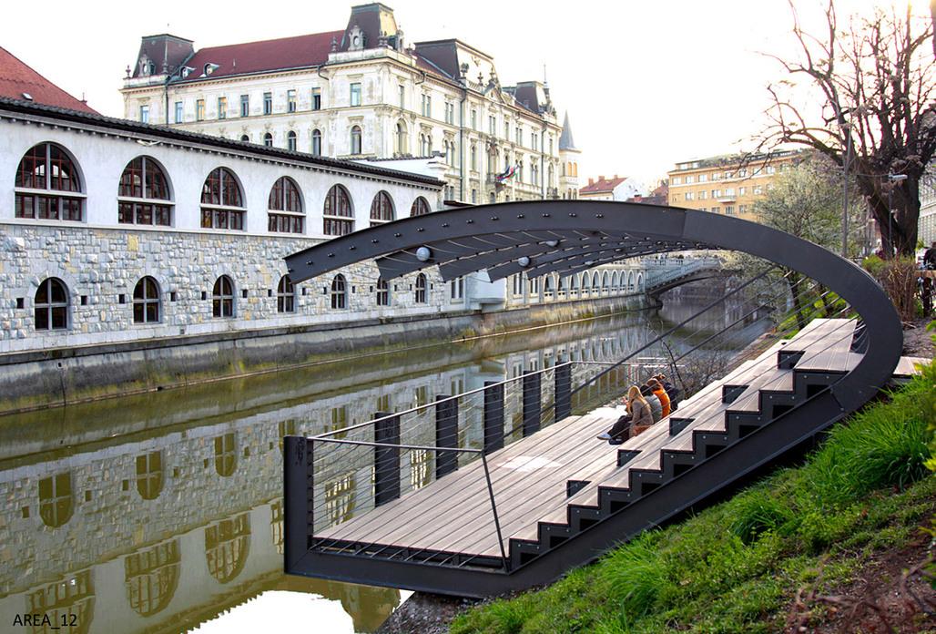 JOINT WINNER: RENOVATION OF THE RIVER LJUBLJANICA, Ljubljana (Slovenia), 2011 (Photo: Jernej Valencic)