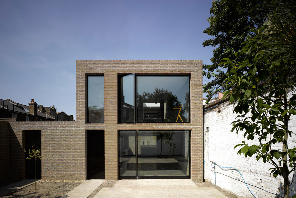 Kings Grove. Designed by Duggan Morris Architects.