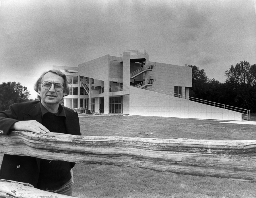 Portrait at The Atheneum in New Harmony, Indiana, taken in 1979 - Richard Meier & Partners