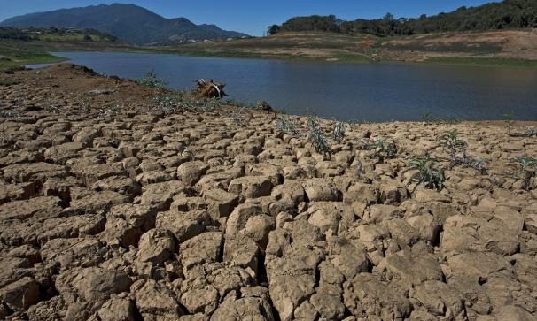 Images of the drought conditions in Brazils Cantareira water system, which supplies water to 45 percent of Sao Paulo. Credit: Getty Images / via the Weather Channel