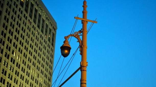 Street lamp in downtown Detroit. The mayors plan would stop illuminating blighted neighborhoods, and spend more to light the rest. (JVLIVSPhoto / Creative Commons)