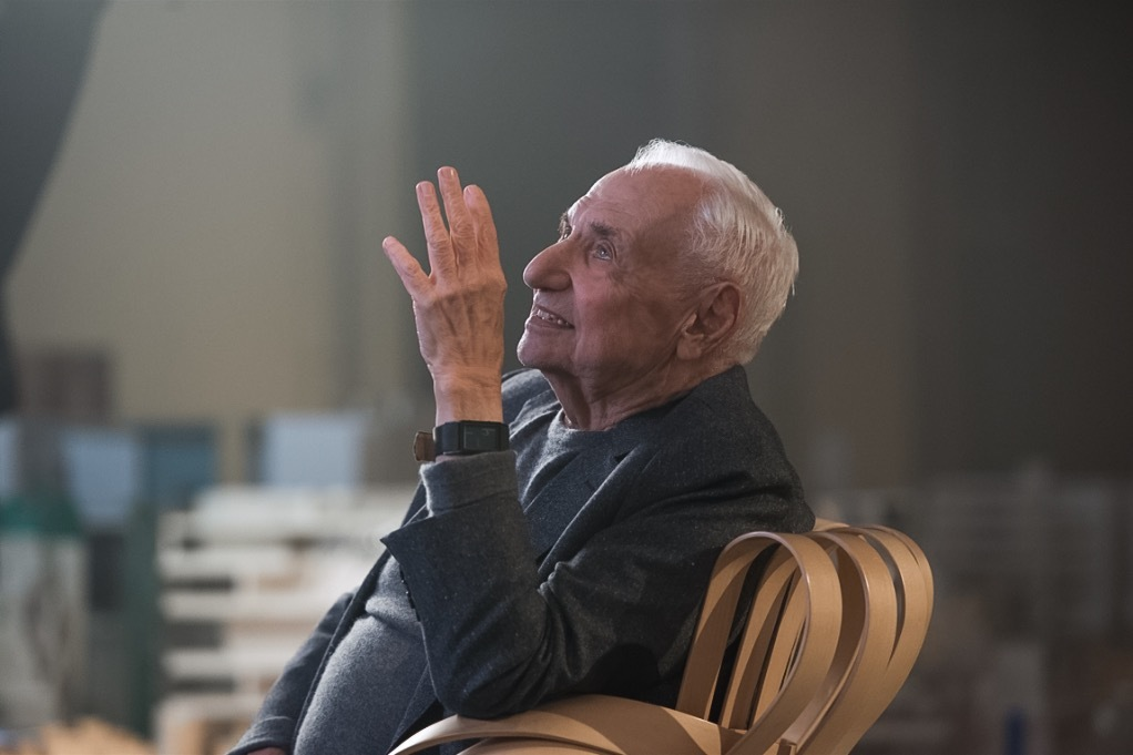 """Youd think Id know when to quit."" Frank Gehry does his MasterClass thing. Image: MasterClass"