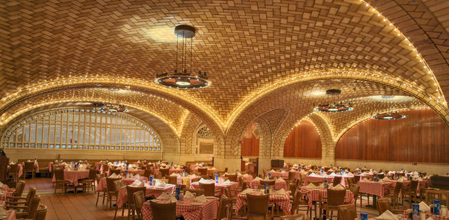 The Oyster Bar in Grand Central Terminal. Photo © Michael Freeman. Courtesy of the Museum of the City of New York