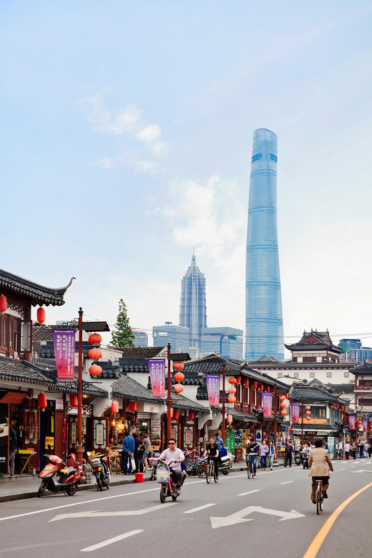 Shanghai Tower   Shanghai China by Gensler Architects, 2Define Architecture. Photo © Connie Zhou.