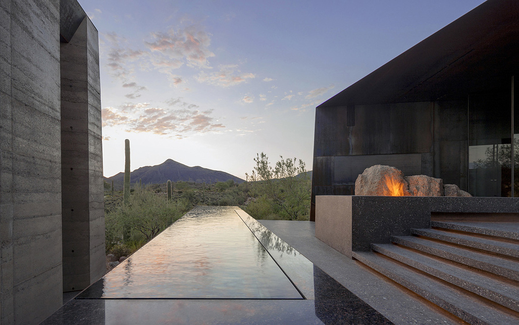 Desert Courtyard House in Scottsdale, AZ by Wendell Burnette Architects; Photo: Bill Timmerman photographs