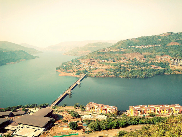 Aerial view of Lavasa in 2014. Lavasas planners claim the city will be fully built within 20 years. Photo: Akshay, via Flickr.