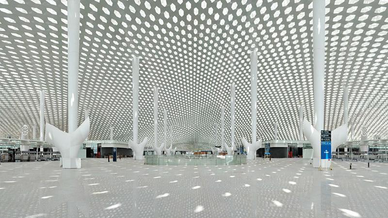 Shenzhen Bao'an International Airport - Terminal 3. Interior panoramic view. Image © Studio Fuksas