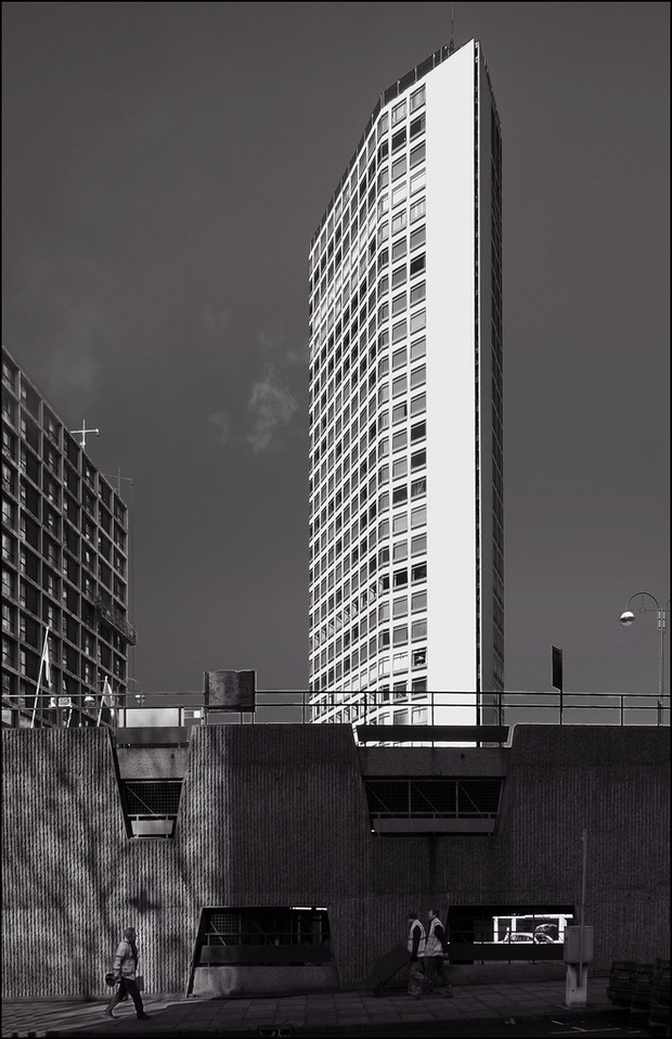 Alpha Tower in Birmingham, one of the newly preserved buildings (Ted and Jen/Flickr via CC License).