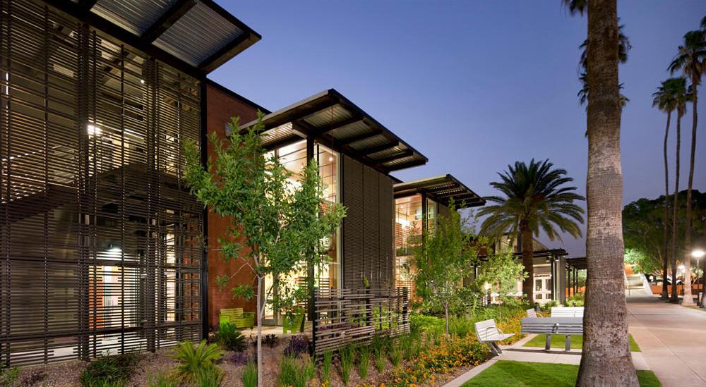 Arizona State University Student Health Services; Tempe, Arizona by Lake Flato Architects + Orcutt Winslow. Photo Credit: Bill Timmerman