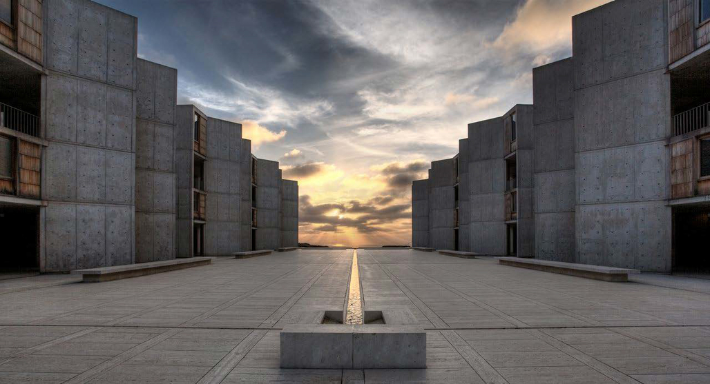 View of the central plaza at the Salk Institute for Biological Studies, looking west towards the Pacific Ocean Photo: © Salk Institute for Biological Studies