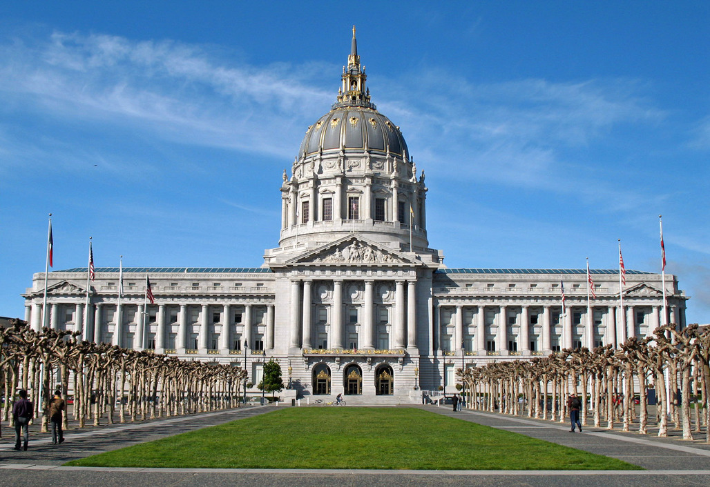 San Francisco City Hall, the seat of government for the housing crisis-afflicted city, is one of many that could probably use some architectural expertise (although it may already have some designers on board). Image via wikimedia.org