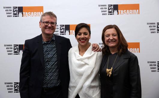 Mark Wigley (left) and Beatriz Colomina (right), with Istanbul Design Biennial Director Deniz Ova (center). Credits: Istanbul Design Biennial