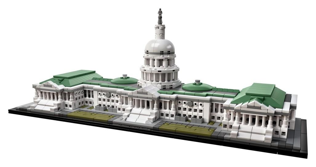 Photo courtesy of LEGO.