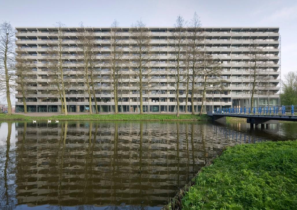 DeFlatKleiburg by NL Architects + XVW architectuur. Photo © Marcel van der Burg.