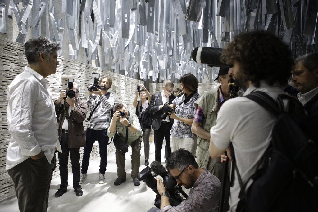 Alejandro Aravena at the Venice Biennale. Image via @la_biennale / Twitter