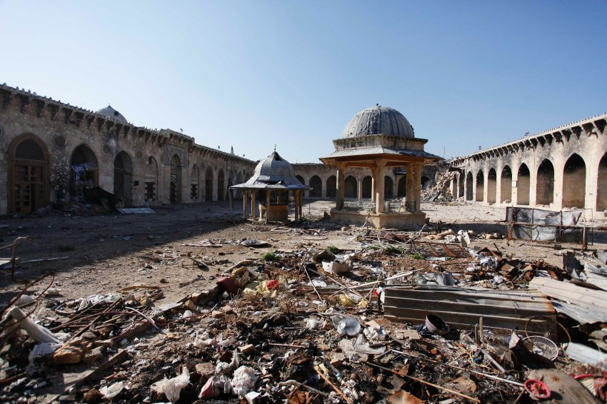 Amid the humanitarian disaster, there are some who are also trying to save the countrys cultural heritage. Here, the Umayyad Mosque in the old town of Aleppo. A 26-year-old named Ward Furati removed the minaret to put it in safe keeping. (Spiegel Online; Photo: Reuters)