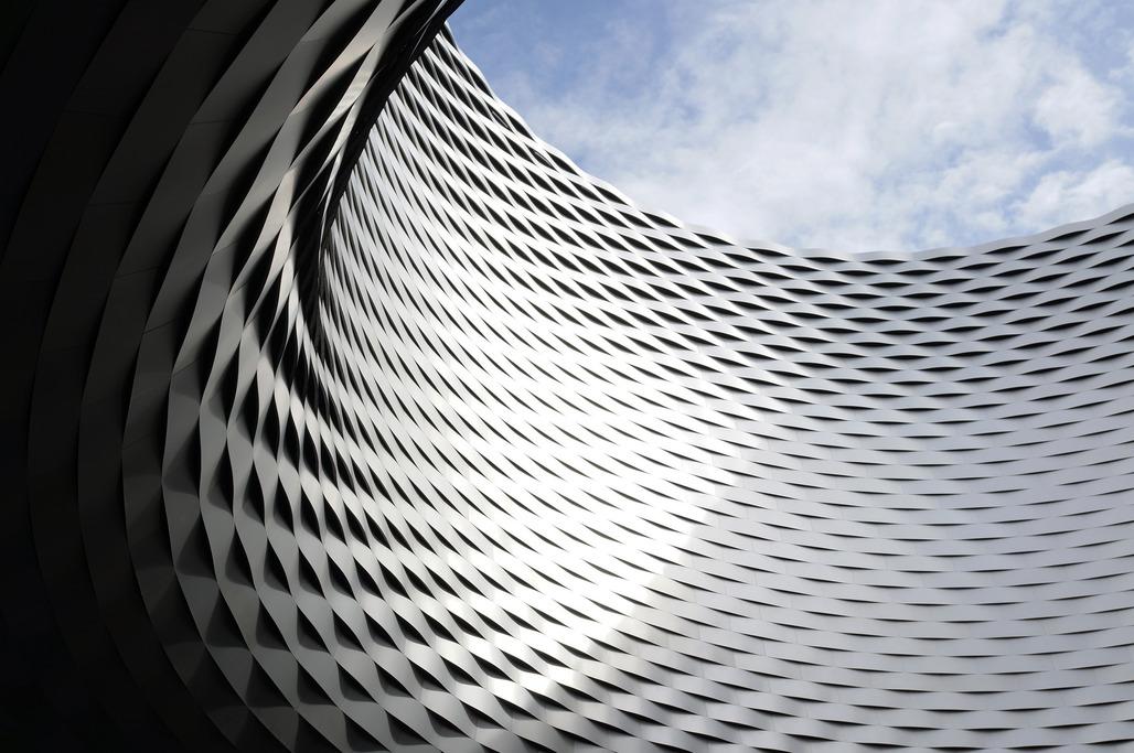 Messe Basel by Herzog & de Meuron. Image: Rosmarie Voegtli via flickr