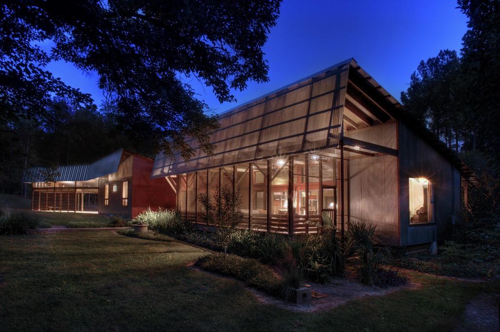 Beard Riser Interprets Southern Vernacular Architecture