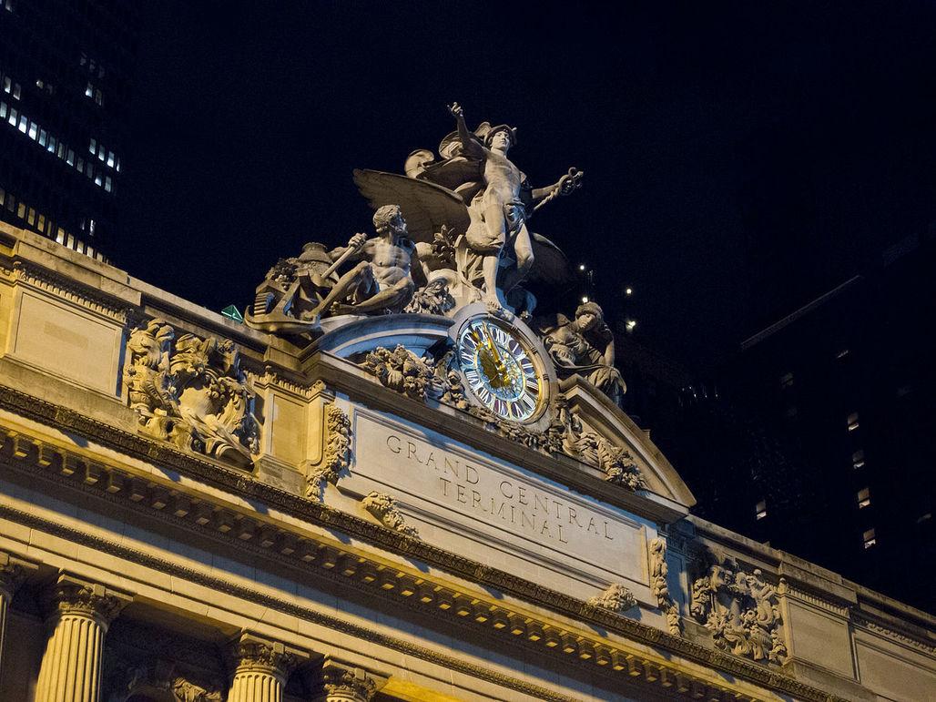 Bankruptcy oclock: clock at Grand Central Terminal, designed by WASAs predecessors. Image credit: Carlos Delgado; CC-BY-SA, via wikimedia.org.