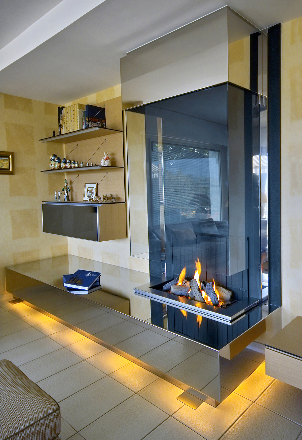 modern wall fireplace chemin e mural moderne bloch design archinect. Black Bedroom Furniture Sets. Home Design Ideas