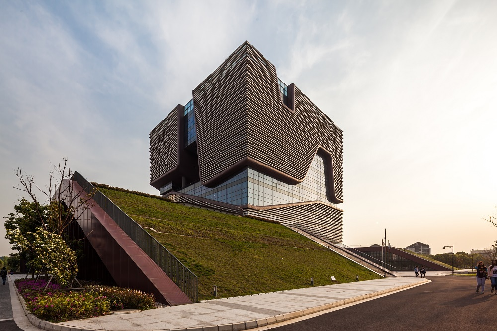 Xian Jiaotong-Liverpool University Administration Information Building by Aedas