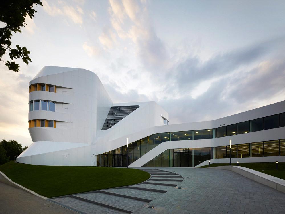 Exterior (Photo: Christian Richters)