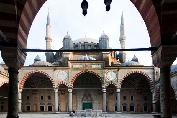 Suleymaniye Mosque by Sinan photo by Piotr Redlinski for The New York Times