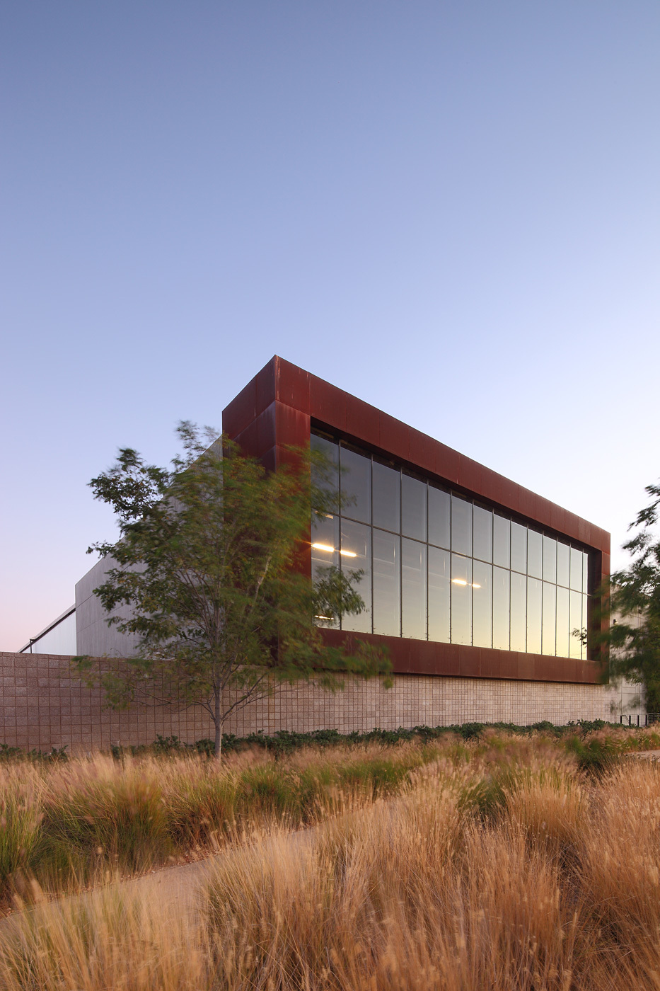 Warehouse Expansion, Santa Fe Springs, CA, Architect: Steven Ehrlich Architects © Nico Marques/Photekt