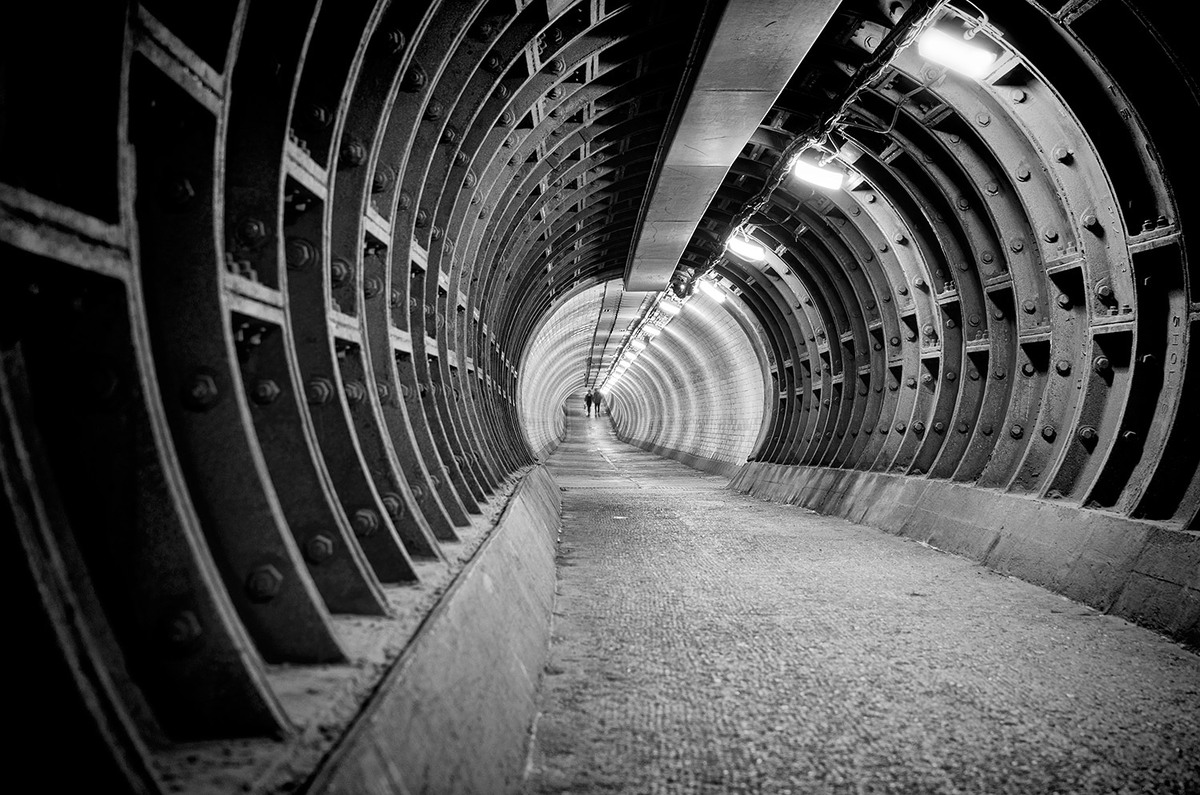 Greenwich Foot Tunnel, London. Architect: Alexander Binnie. © Edward Neumann / EMCN