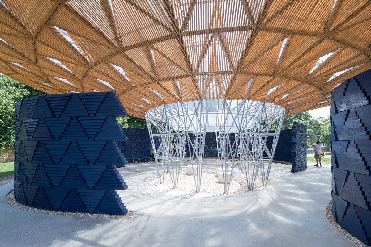 Serpentine Pavilion 2017, designed by Diébédo Francis Kéré. Serpentine Gallery, London (23 June – 8 October 2017) © Kéré Architecture, Photography © 2017 Iwan Baan