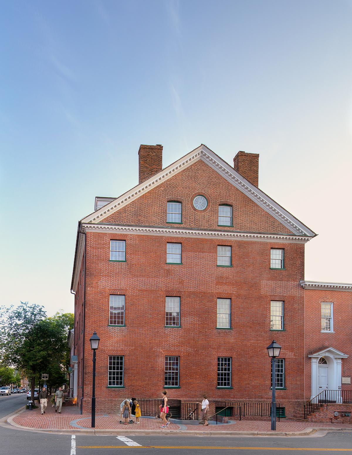 Gadsby's Tavern with Ice Well Exhibit