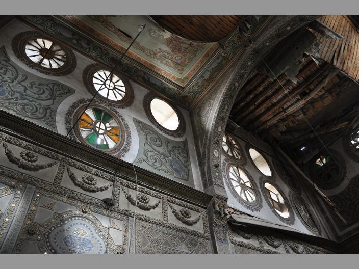 Bait Quwatli (Interior decoration and collapsing poplar ceiling) via By Georgina Ward, Niall McLaughlin
