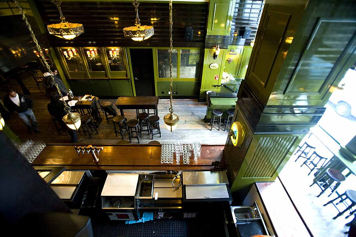 The Breslin Bar And Dining Room The Breslin Restaurant Roman And Williams Buildings And