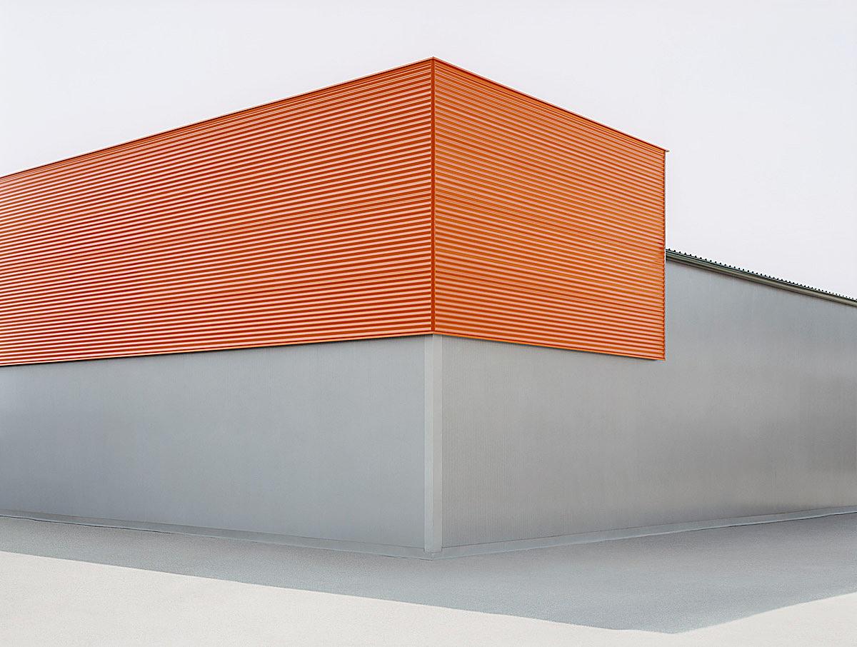sachliches: Grau-orange, 2008, C-Print, 100 x 133 cm © Josef Schulz