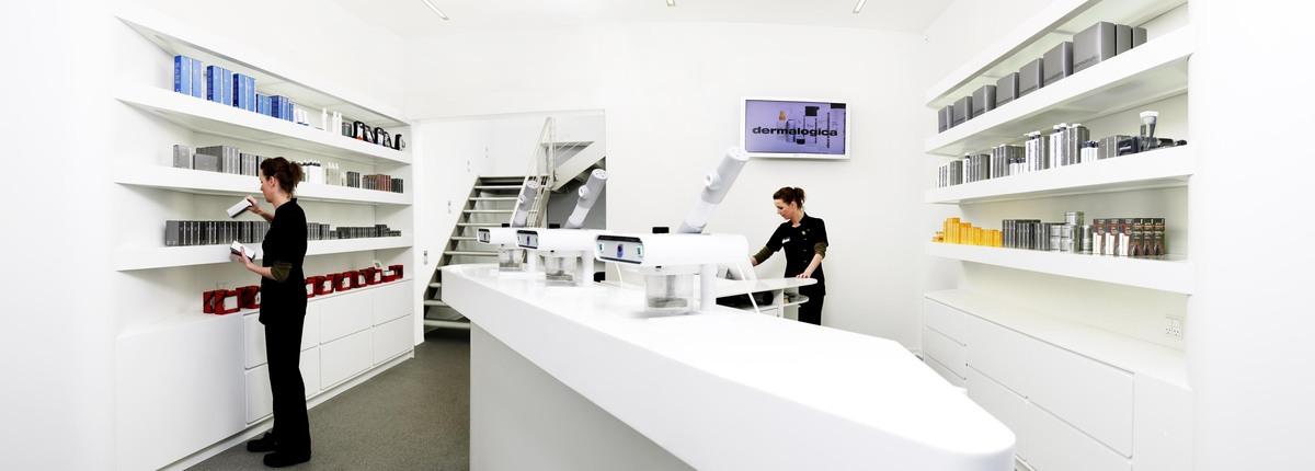 Ground Floor reception desk