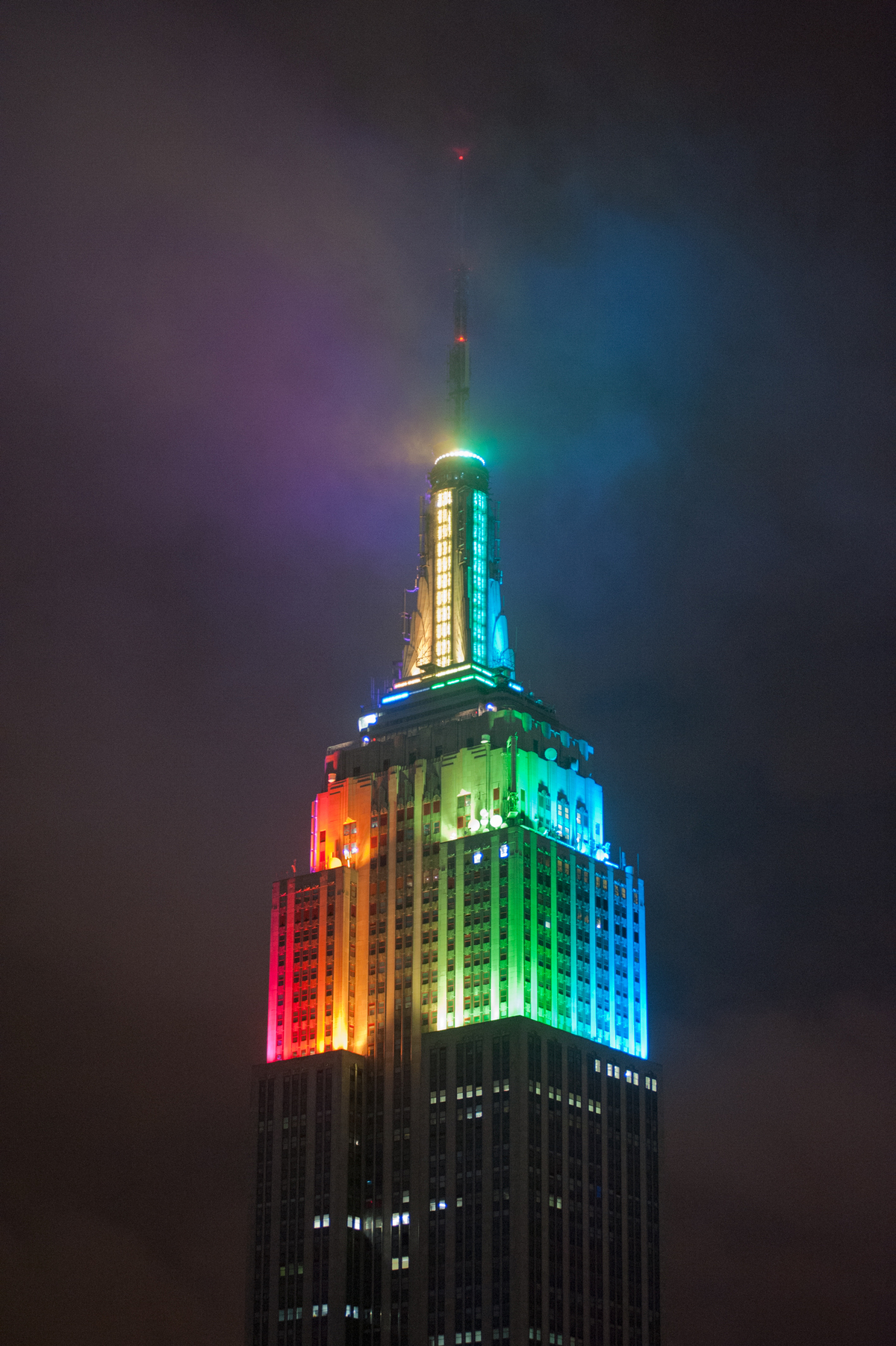 Photo Credit: Phil O'Donnell (Philips Color Kinetics) The Empire State Building Design is a registered Trademark and used with permission by ESBC.