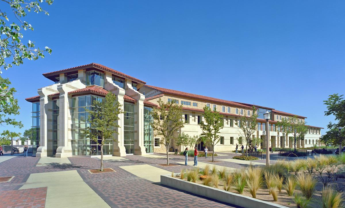 texas tech university student union building holzman. Black Bedroom Furniture Sets. Home Design Ideas