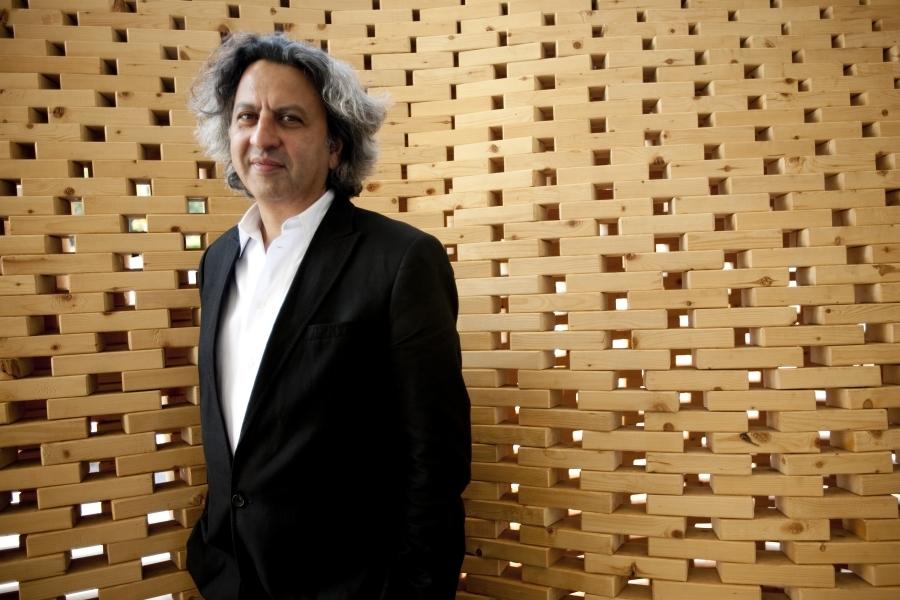 Dean Mohsen Mostafavi, courtesy of Harvard Public Affairs & Communications