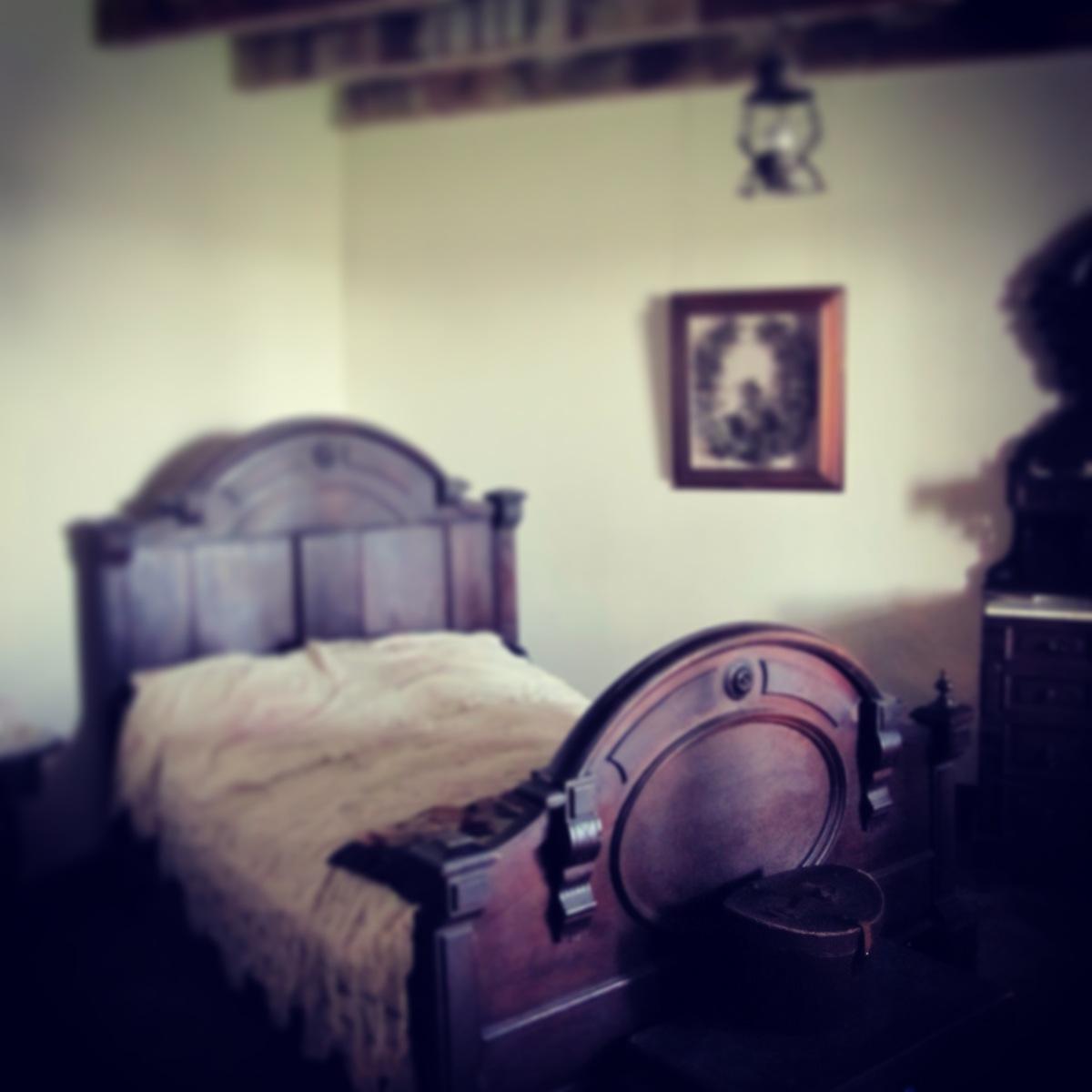 adobe: bedroom