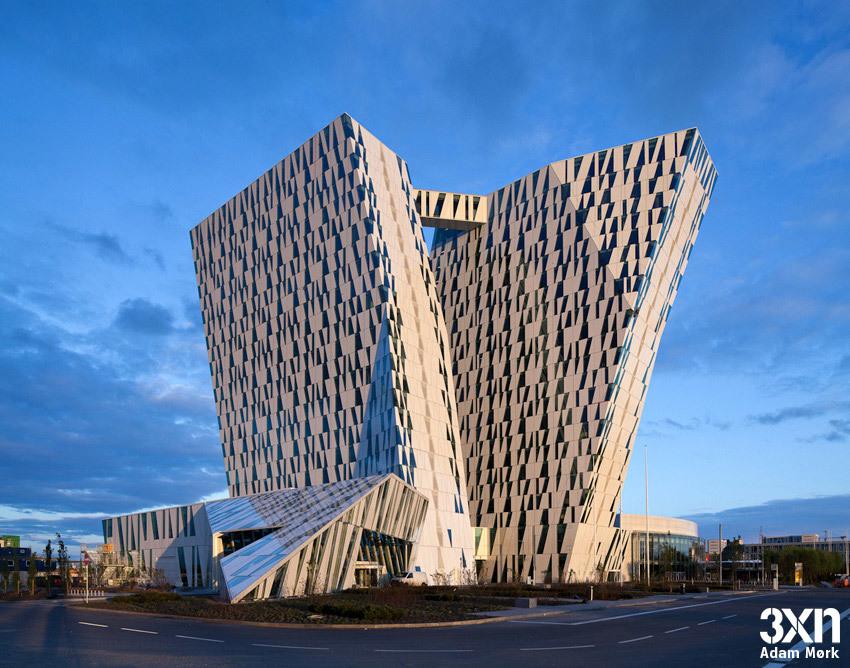 Exterior of the hotel (Photo: Adam Mørk)