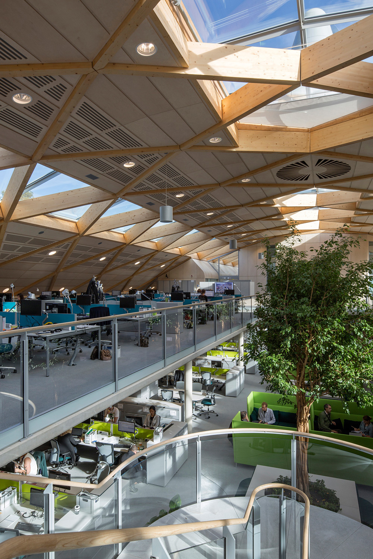 Leaf Awards 2014 shortlisted project: Living Planet Centre, WWF-UK Headquarters in Woking, UK by Hopkins Architects Partnership LLP. Photo courtesy of LEAF Awards 2014.