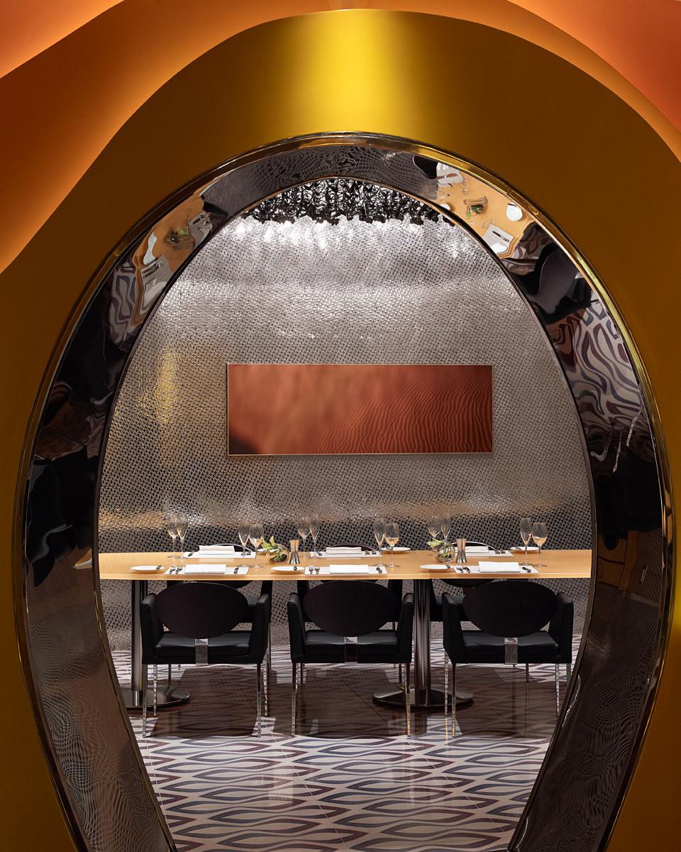 The Vadara Hotel, Las Vegas, Architect: Rafael Viñoly Architects, P.C., Interiors: Karim Rashid © Brad Feinknopf
