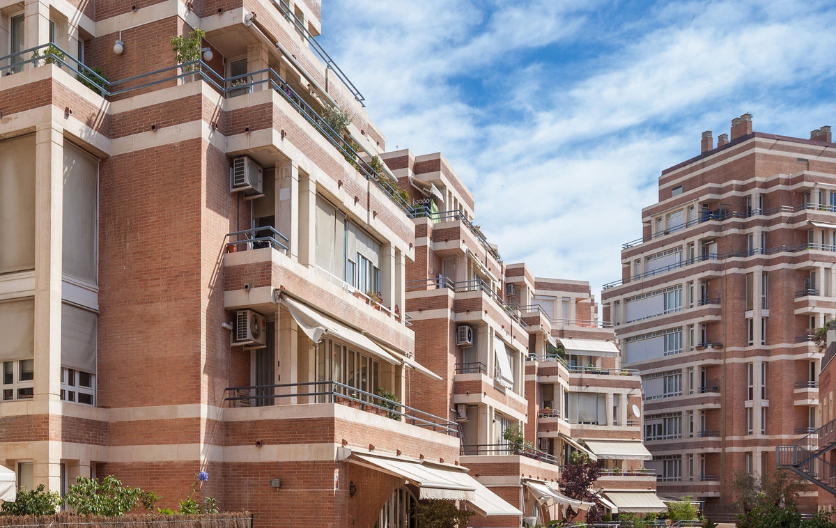 Olympic village housing complex ricardo bofill taller de arquitectura archinect - Arquitectura barcelona ...