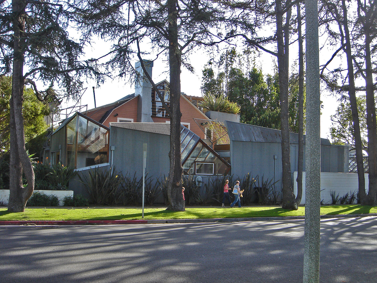 The Gehry Residence. Image via Wikimedia.org