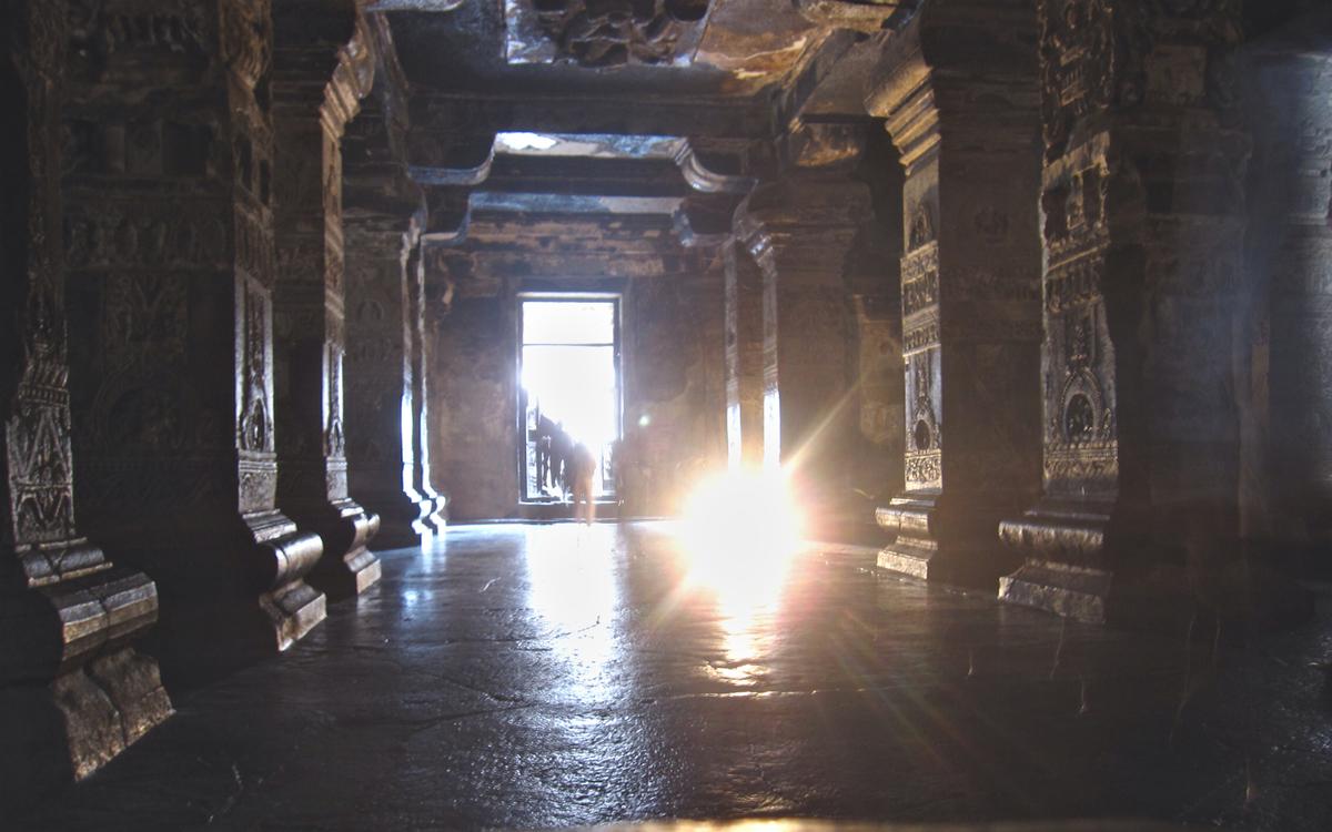 Kailasanatha's main hall