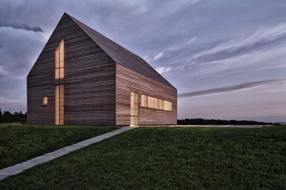 Summer House in Austria by Judith Benzer Architektur Exterior (Photo- Martin Weiß)
