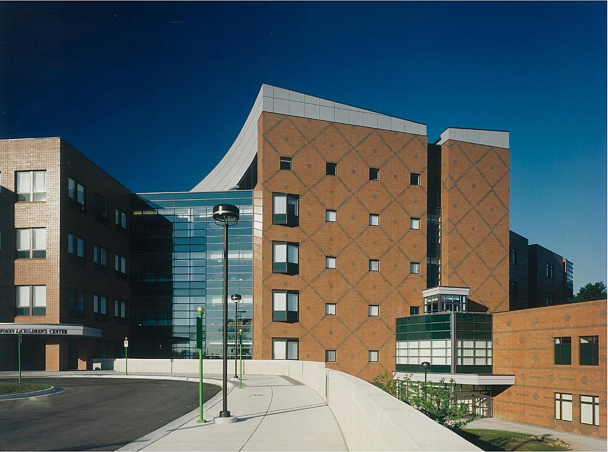 Women's Center/ Internal Medicine Entry